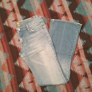 7FAM Jeans Size 28 Bootcut